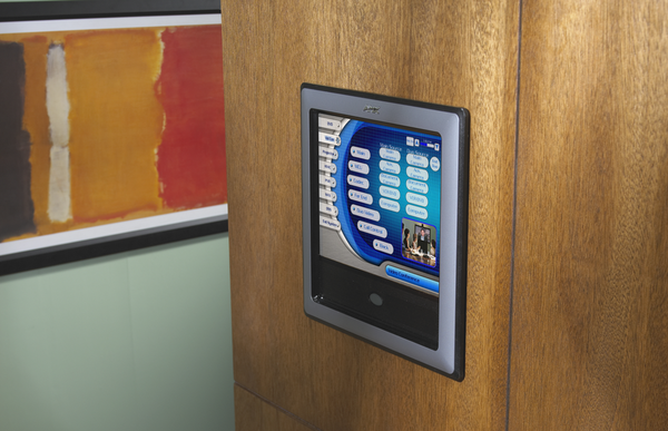 Room booking digital signage