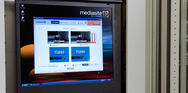 Digital signage video