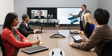 Polycom CX 8000 In Use 01